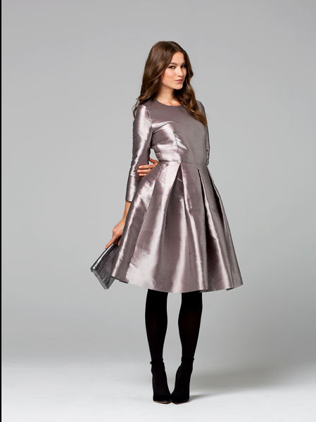 sukienka z tafty