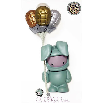 Designer Con 2015 Exclusive Metallic Felipe Vinyl Figure by Juan Muniz x 3DRetro