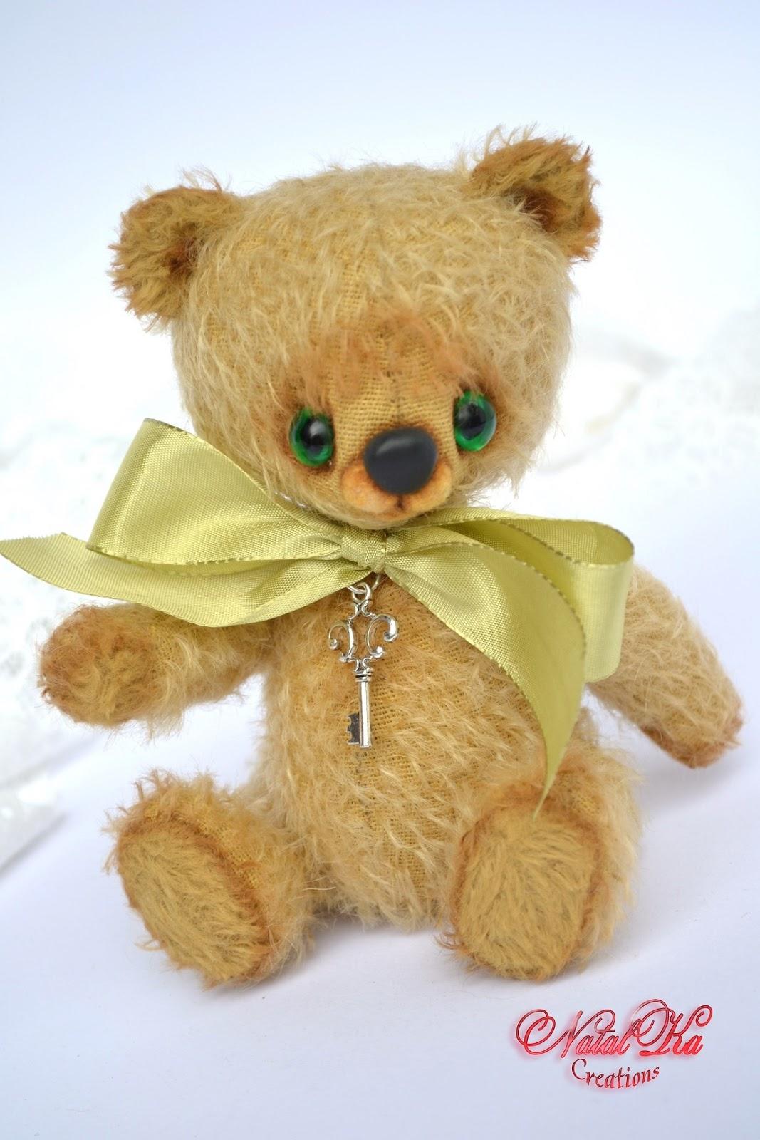 Künstlerbär Teddybär Bär Teddy handgefertigt von NatalKa Creations. Artist teddy bear handcrafted by NatalKa Creations