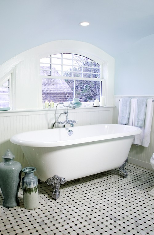 Country Cottage Style Bathrooms