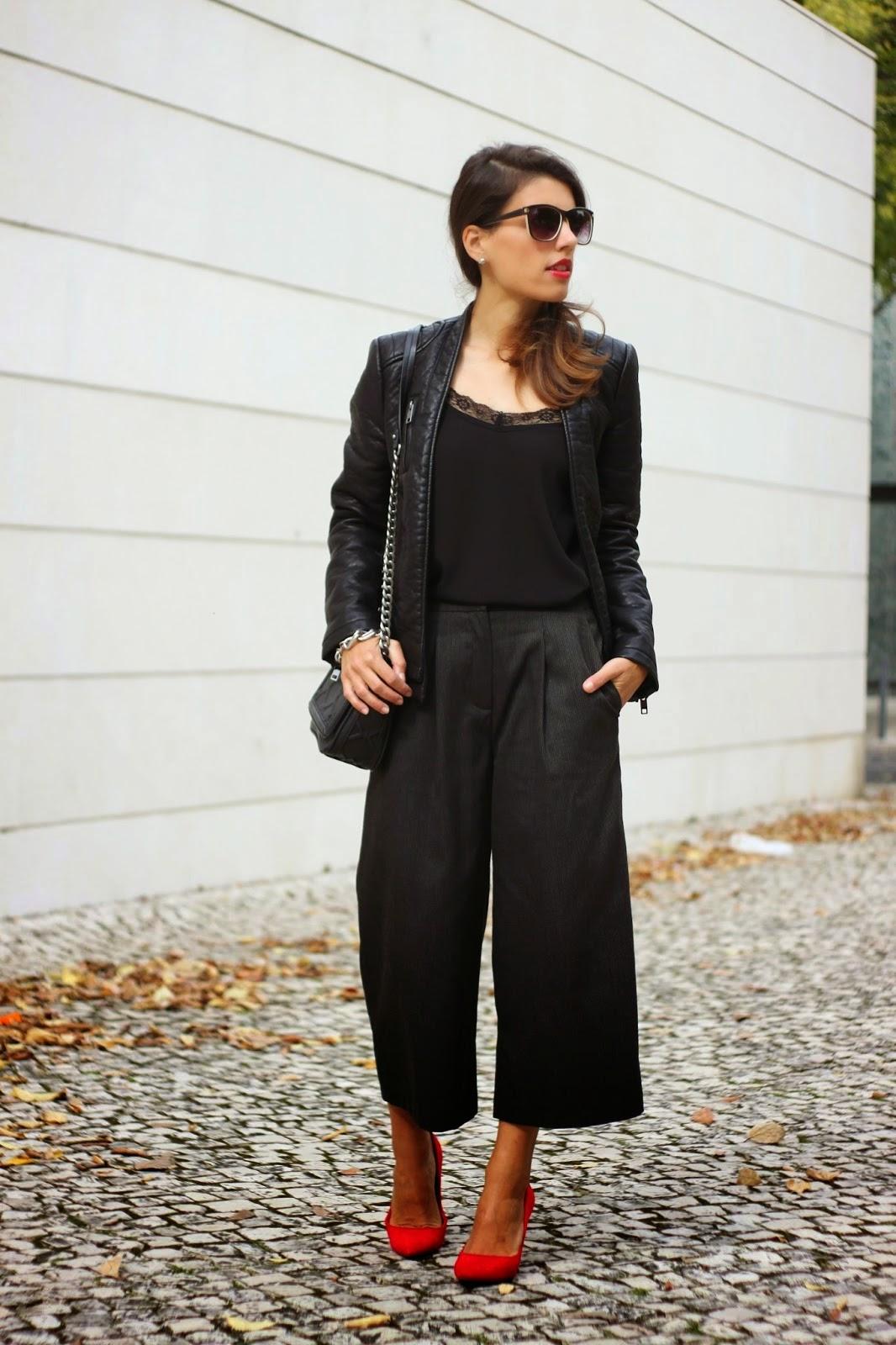 http://ilovefitametrica.blogspot.pt/2014/11/grey-culottes.html