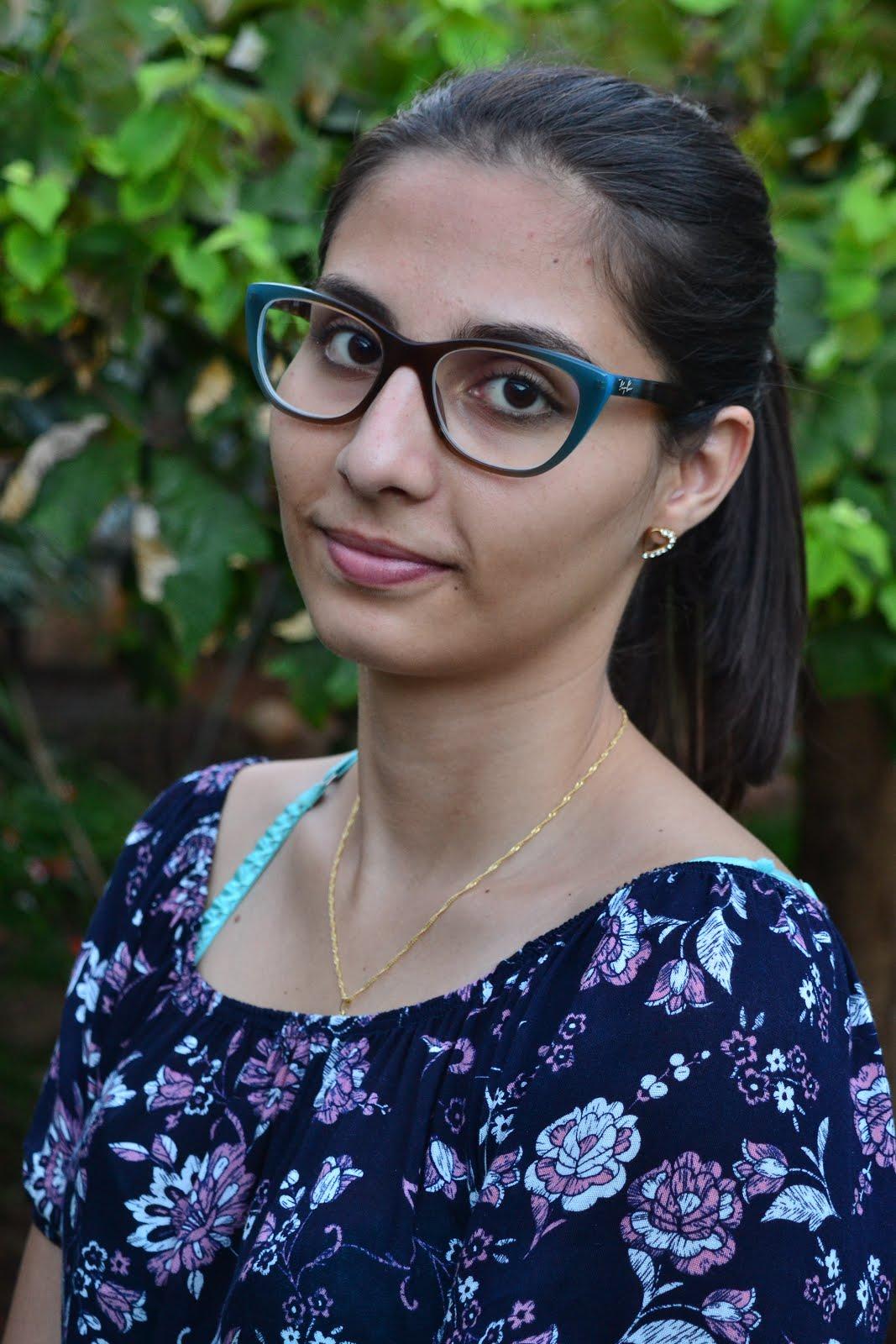 Escritora Géssica Marques
