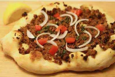 turkish spiced lamb flatbread