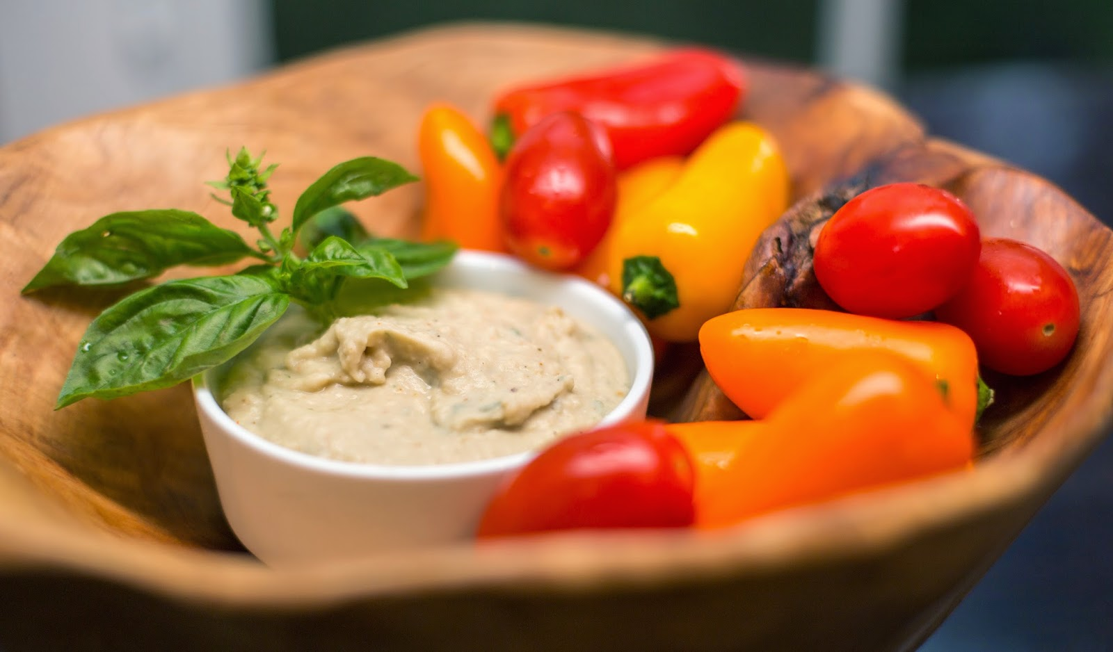Straight to the Hips, Baby: White Bean & Basil Dip
