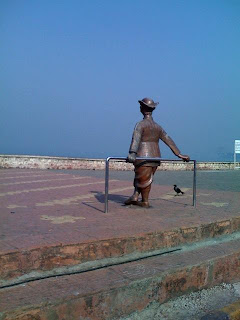 The Common Man at Worli Sea face