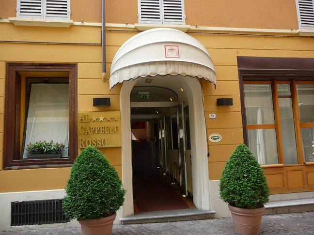 bologna hotel al cappello rosso italia in albergo