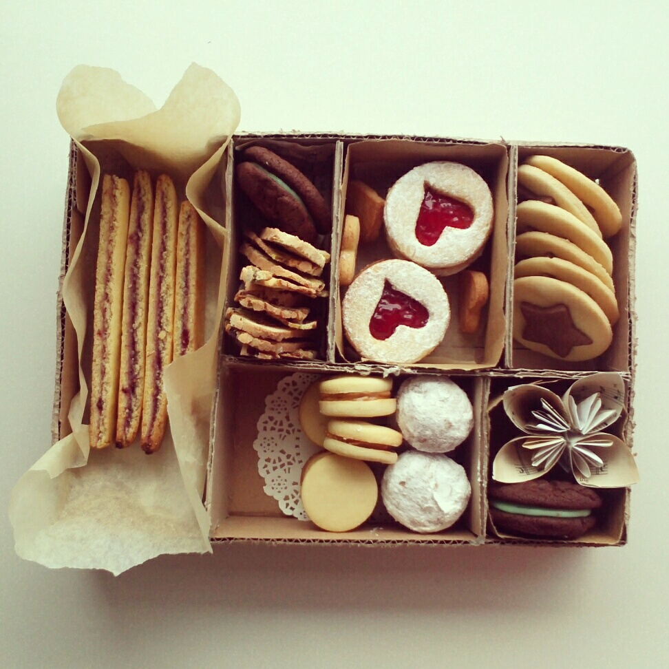 The Pink Baker Biscuit Boxes