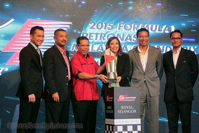 group photo 2015 f1 malaysia grand prix launch klcc new trophy royal selangor