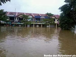 Terkini - Banjir di Kuantan, Pahang Semakin Buruk