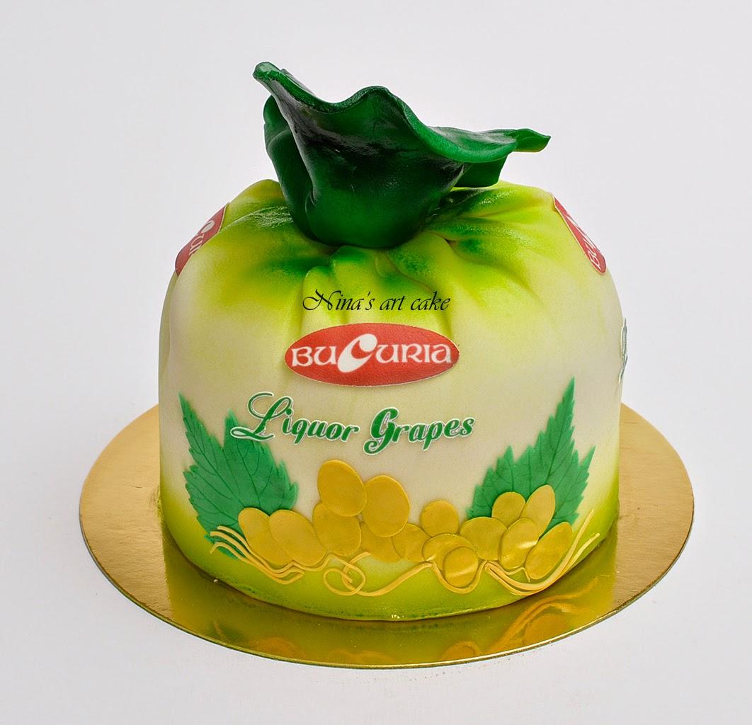 "Tort "" bomboana Bucuria"""