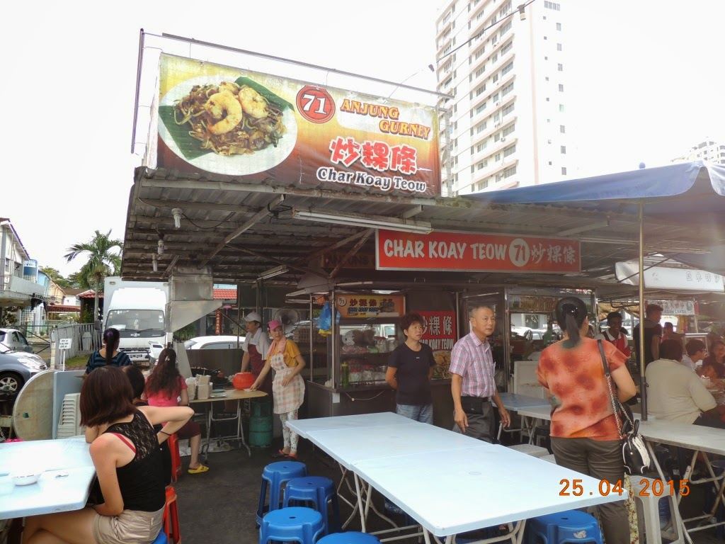 hawker stall Hawker definition: you can use hawker to refer to a person who tries to sell things by calling at people's | meaning, pronunciation, translations and examples.