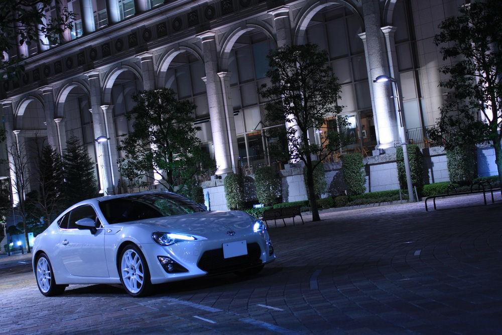 Toyota GT86, japoński sportowy samochód, motoryzacja, jdm, zdjęcia, fotki, photos, tuning, nocna fotografia, samochody nocą, po zmroku, auto