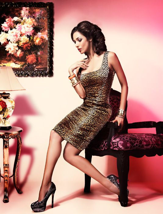 Hot Malaika Arora Khan Cosmopolitan Magazine April 2012 Photo Shoot Pics