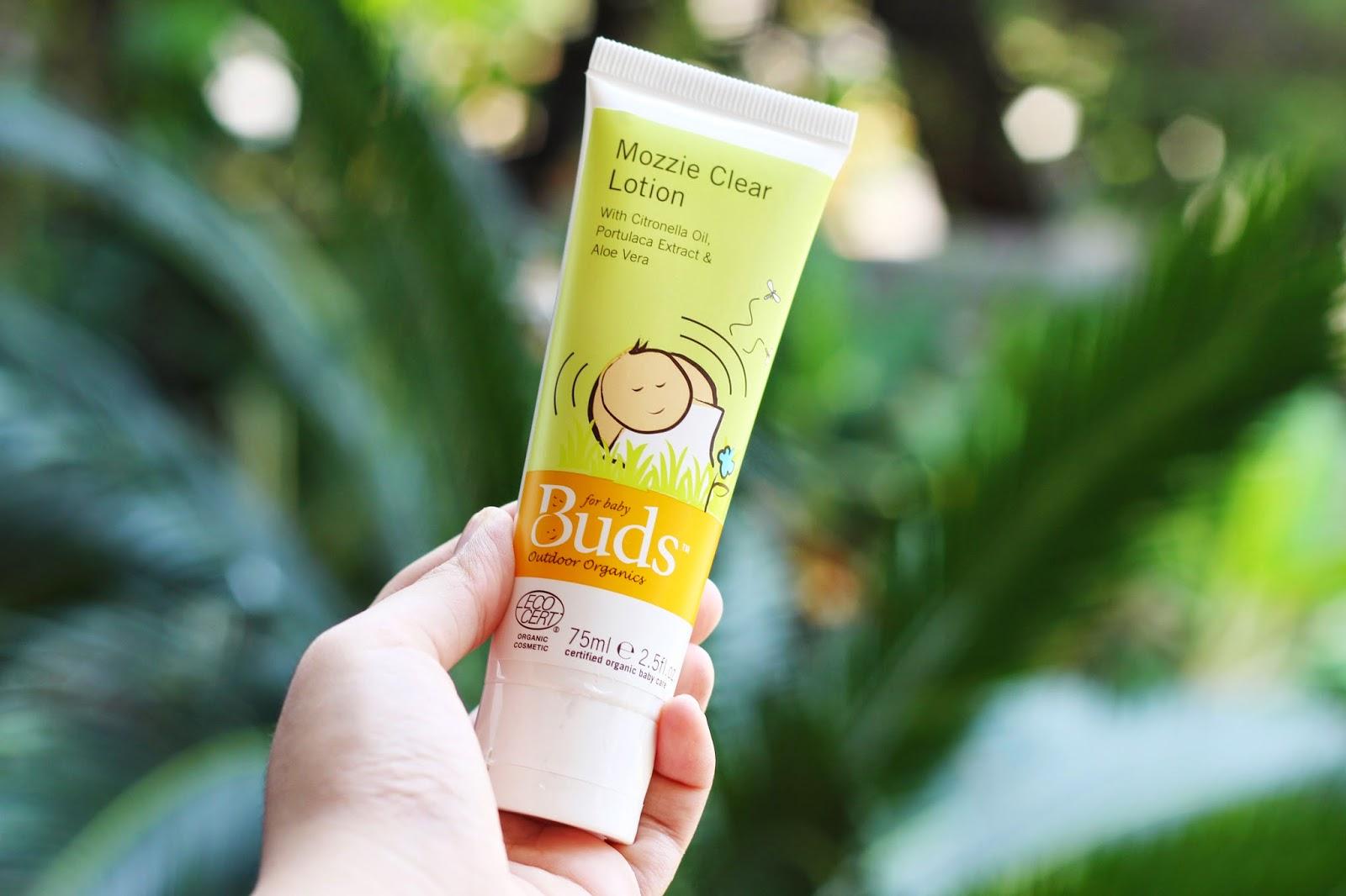 Green Lifestyle With Buds Organics Family And Blog Mozzie Clear Spray 100ml Tidak Terlalu Panas Di Kulit Si Kecil Daya Tahannya Juga Cukup Lama Sehingga Perlu Terus Menerus Dioles Seperti Brand Yang Saya Pakai Sebelumnya
