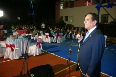 El vicerrector Administrativo dirigió unas palabras a las residentes y personalidades invitadas. (Foto: RDF)