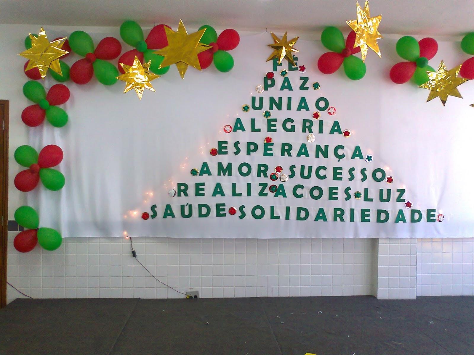 Arte educa o e sucata decora o de natal para mural escolar for Mural de natal 4 ano