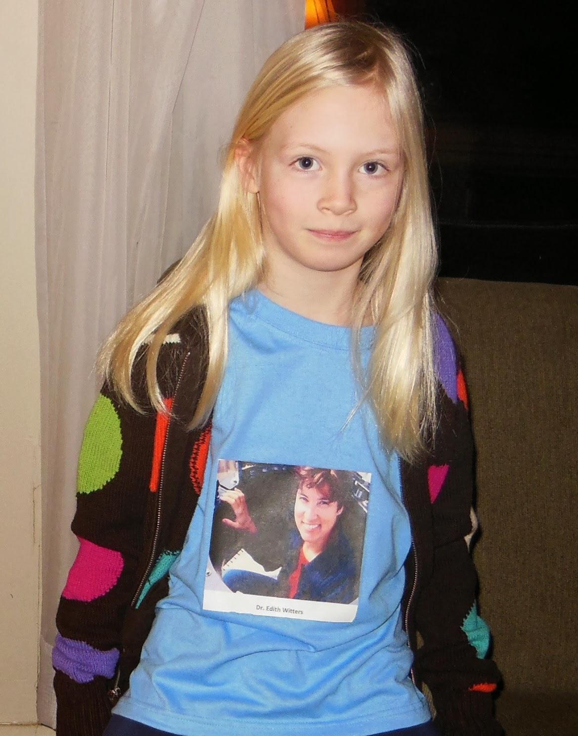 Girl in Edith Widder tshirt