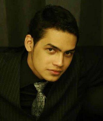 Jonas Rivanno Wattimena (lahir di Surabaya, Jawa Timur, Indonesia, 20