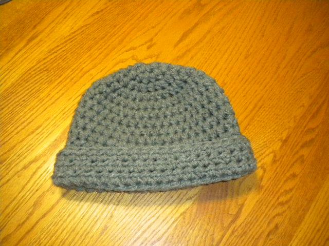 Simple Crochet Pattern For A Beanie : Artsy Daisy Crochet: Simple Crochet Beanie