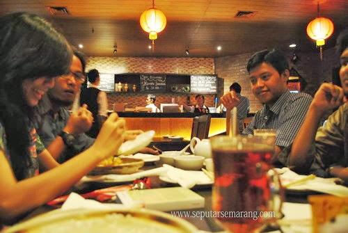 Suasana Makan di Wardim Horison Semarang