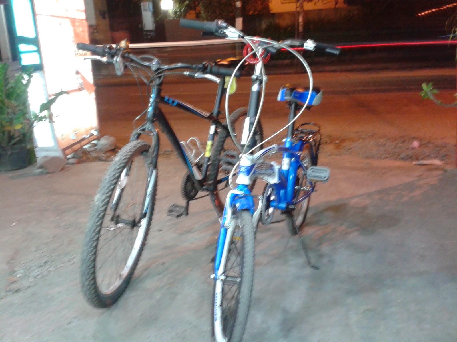 Kembali berjejeran Monarch 1 & Sepeda Lipat Odssy