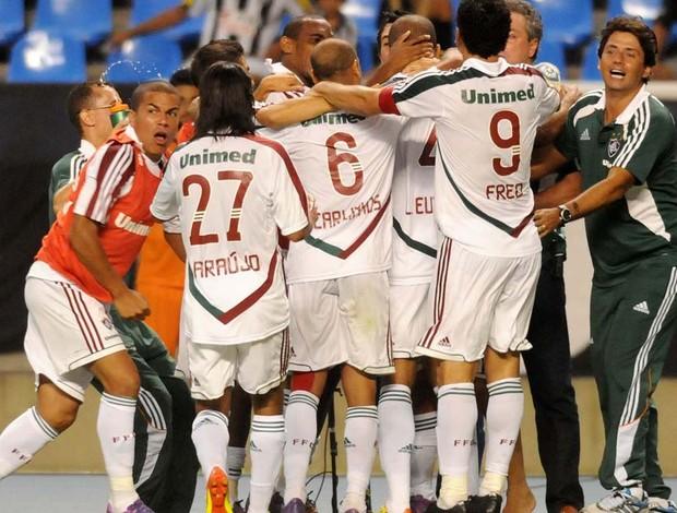 Fluminense comemora vaga para a final da Taça Guanabara 2012