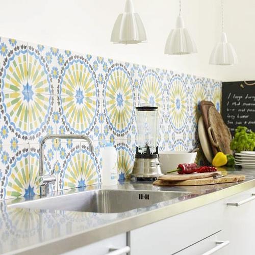 Moda deco azulejos retro para tu cocina for Azulejos antiguos para cocina