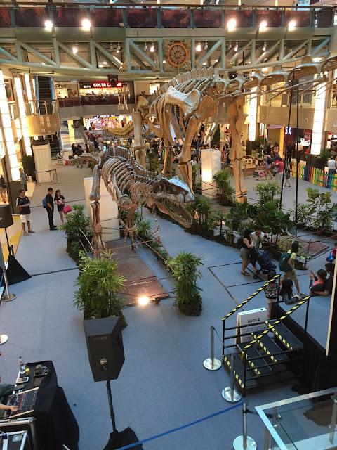 plaza singapura jurassic world dinosaur