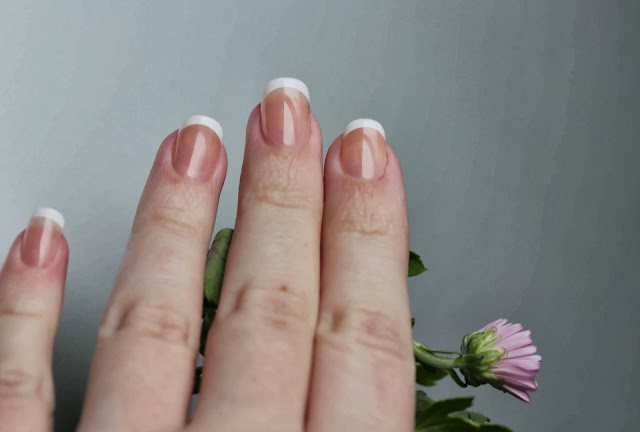 Френч на накладные ногти фото