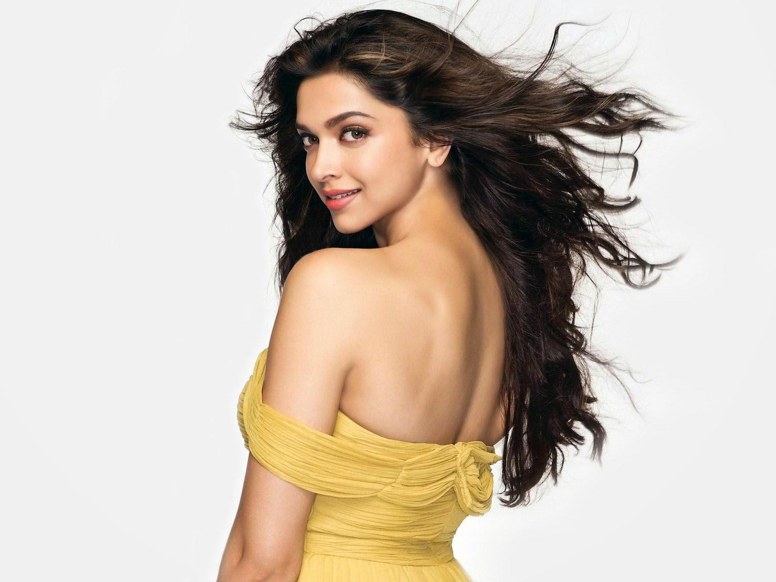 Deepika Padukone in Tamasha Hot Photos ~ actors and actress