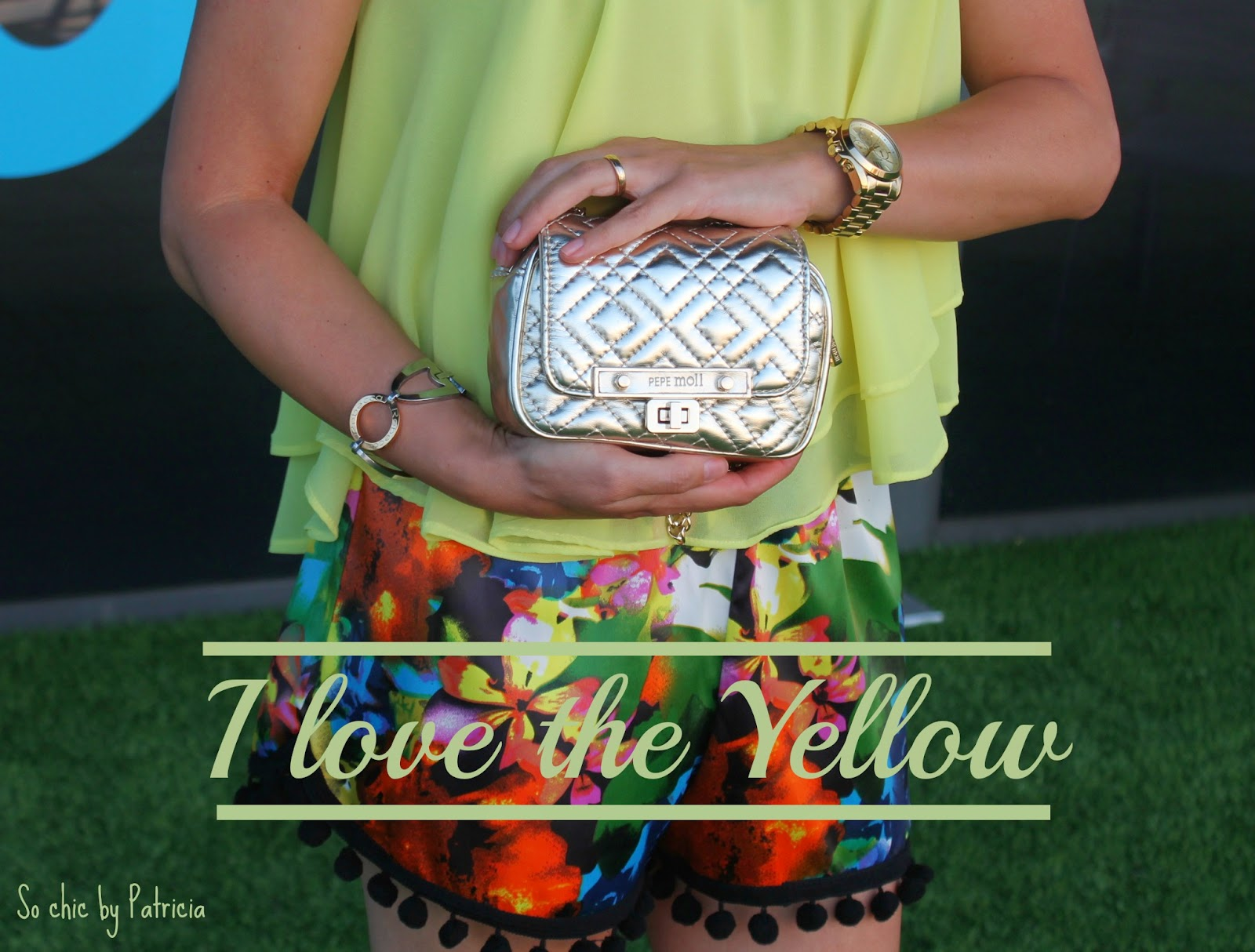 Yellow_So chic by Patricia