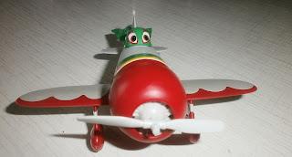 Самолёт Эль Чупакабра из мультфильма Самолёты вид спереди