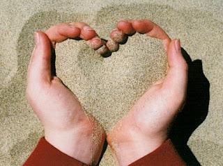 Ilustrasi pasir cinta (foto trilulilu.ro)