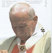 Hemos visto cientos, miles de fotografías del papa Juan Pablo II…lo hemos . jpiipeinado