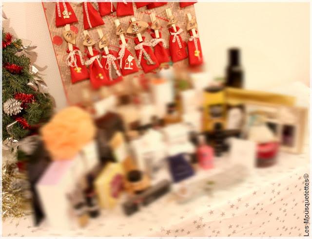 Calendrier de l'Avent signe Les Mousquetettes© et les nombres de cadeaux rien que pour vous ;)