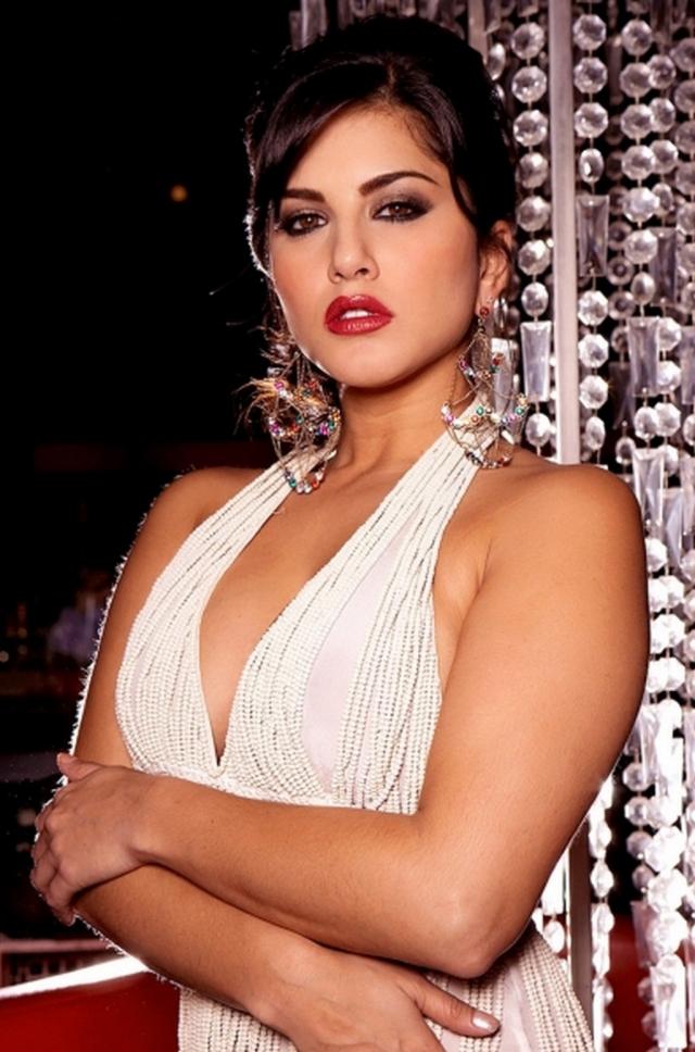 Sunny Leone Latest Hot
