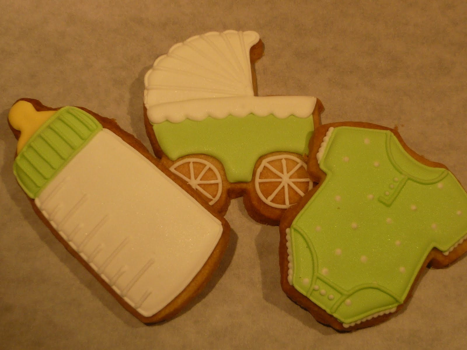 sift baby shower cookies