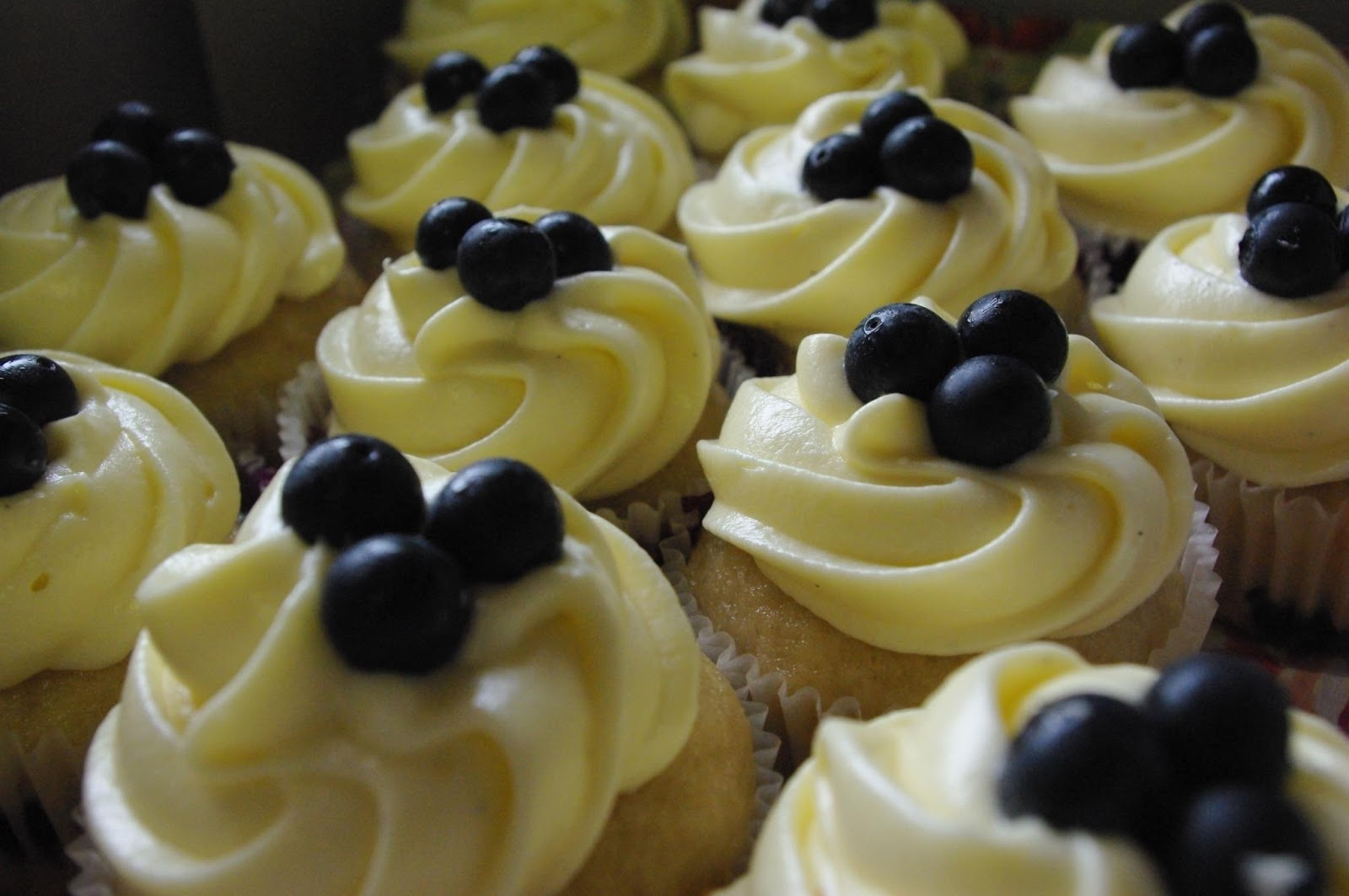 Stargal's Cosmos: Simple Blueberry Cupcakes with Cream Cheese Frosting