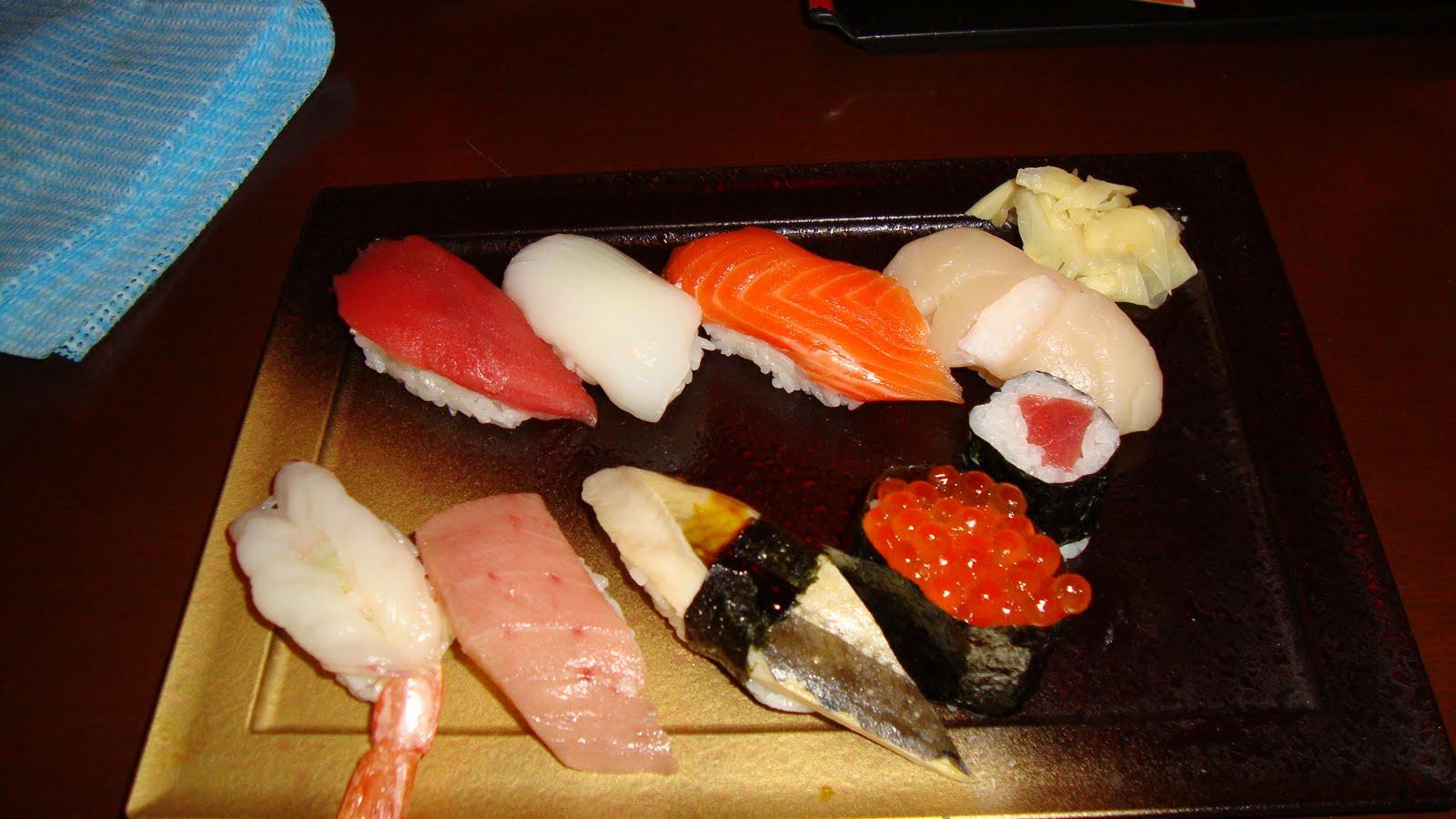 Японки с осьминогом 5 фотография