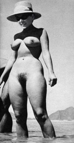 Yvonne Craig Nude 48