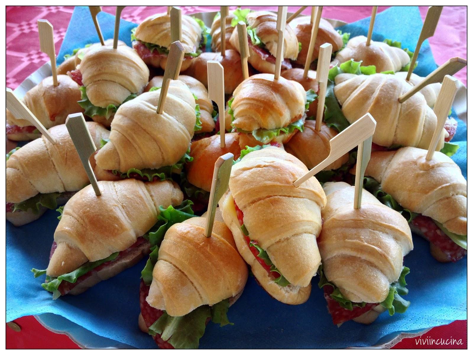 Molto Vivi in cucina: Cornettini salati da buffet HJ96