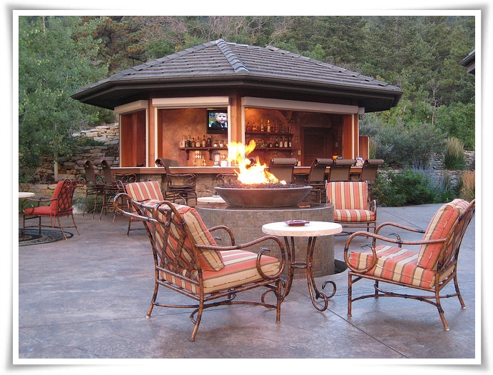 Fire pits modular fire pit patios transform your backyard for Prefabricated fire pits