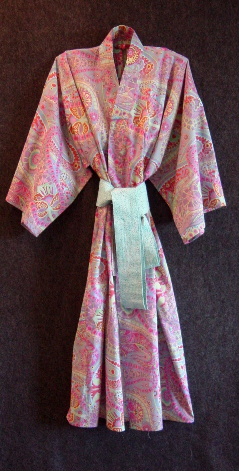 Over 1000 sold! Buy our Modern Robe sewing pattern (click!)