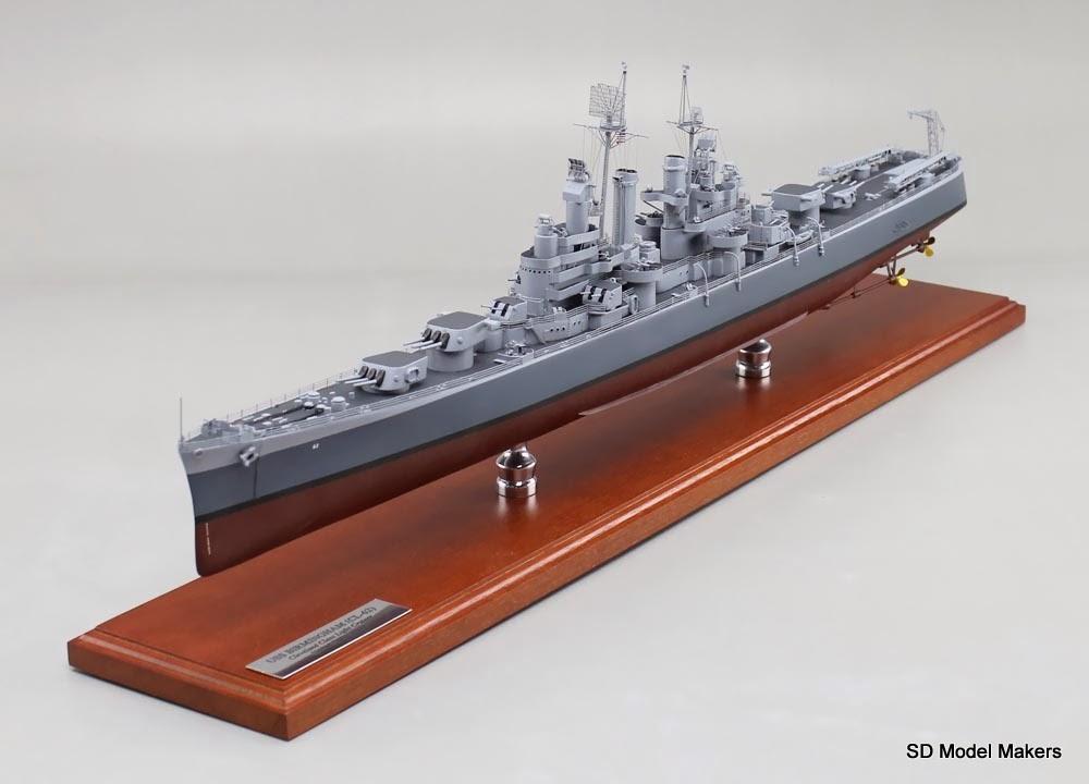 us navy ww2 cruiser model now docked on a customer collector desktop. Black Bedroom Furniture Sets. Home Design Ideas