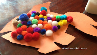 paper and pom pom fish craft