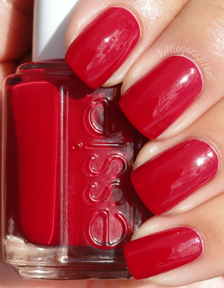 Essie - Dress to Kilt // kelliegonzo.com