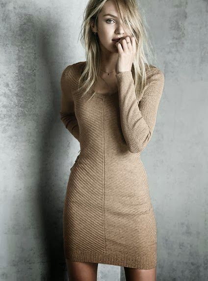 Sweater dress in half white
