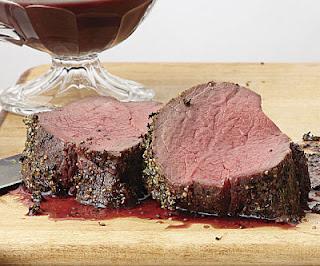 """<img src=""""lomo-de-res.jpg"""" alt=""""el punto óptimo para obtener una carne magra blanda y jugosa es cuando se pone de color rojizo"""">"""