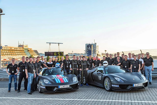 [Video] Porsche 918 Spyder Sets a Nurburgring Record