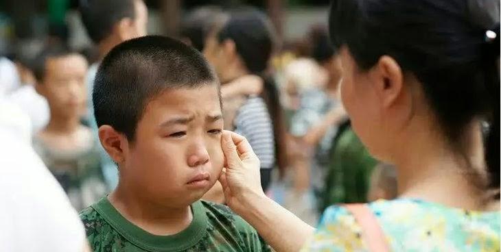 siswa menangis